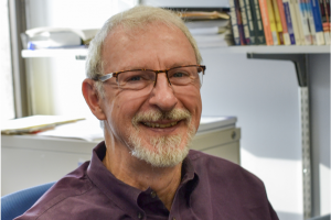 Dr. David Royse receives William Holmes McGuffey Longevity Award